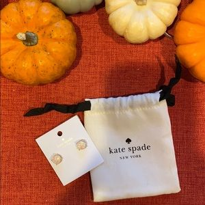NWT Kate spade stud earrings
